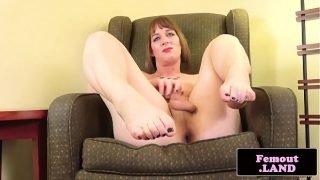 Amateur trap teasing her ass in closeup